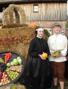 Markttage zum Ernte-Dank-Fest / Wiki k domchowance