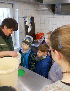 """Sondererlebnisprojekt """"Einmal Zootierpfleger sein"""""""