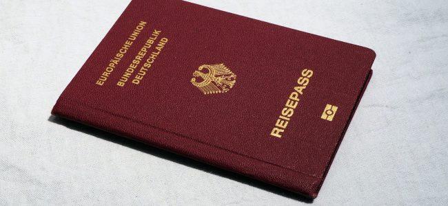 Pass- und Meldewesen