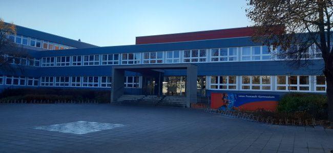 Vorderansicht Leon-Foucault-Gymnasium