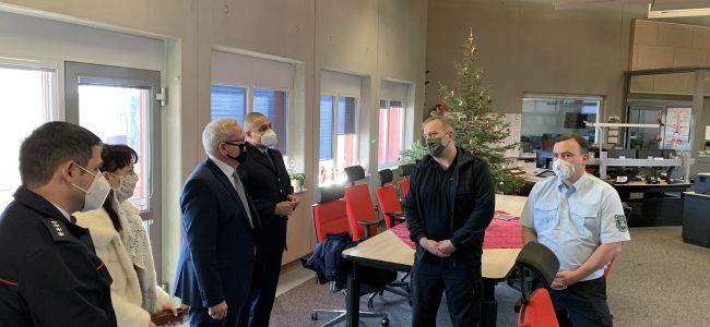 Silvesterbesuch des Oberbürgermeisters in der Integrierten Regionalleitstelle Hoyerswerda