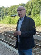 Bernsdorfs Bürgermeister Harry Habel begrüßt die Gäste