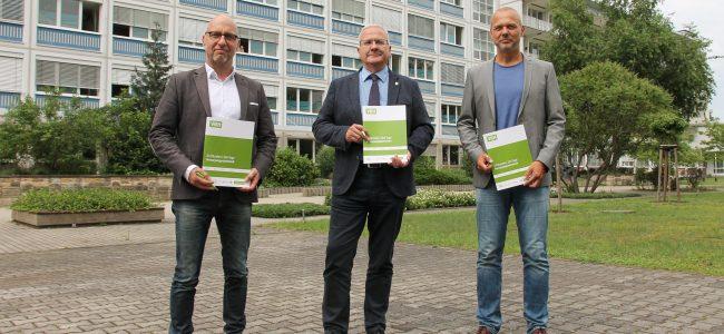 Wolf-Thomas Hendrich, OB Torsten Ruban-Zeh und Mirko Papenfuß